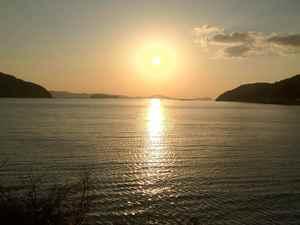 吉田の海の太陽-1.jpg